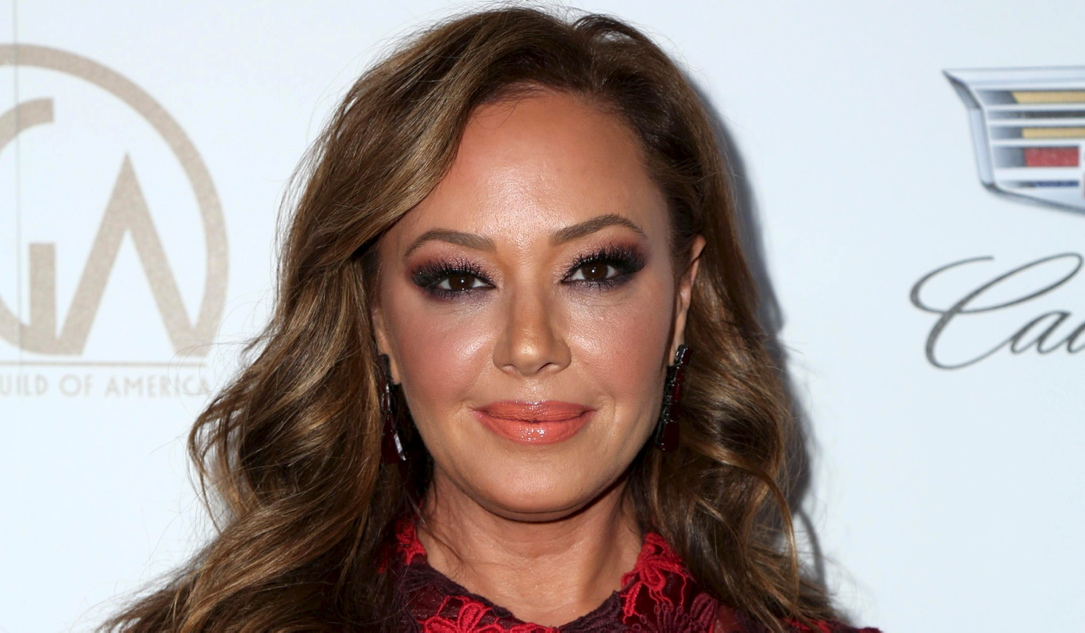 Leah remini bathrobe — photo 8
